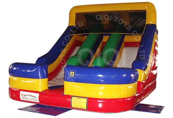 Classic double-lane inflatable slide