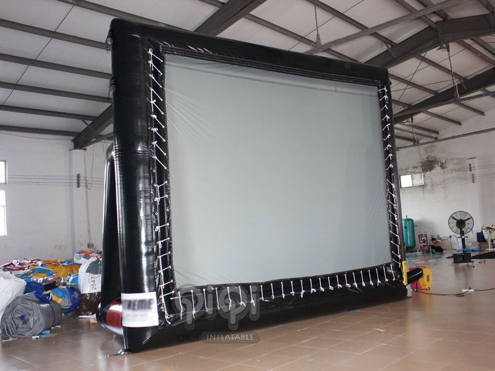 Inflatable-Backyard-Movie-Screen-QCR-1007-1